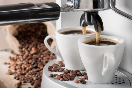 Machine à café à Grain De'longhi